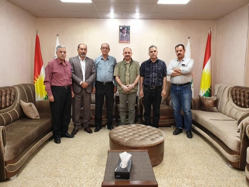 سكرتێری گشتیی YNDK پێشوازی لە شاندێکى باڵاى پارتى یەکێتى دیموکراتى کورد لە سوریا (یەکێتى) PYDKS دەكات