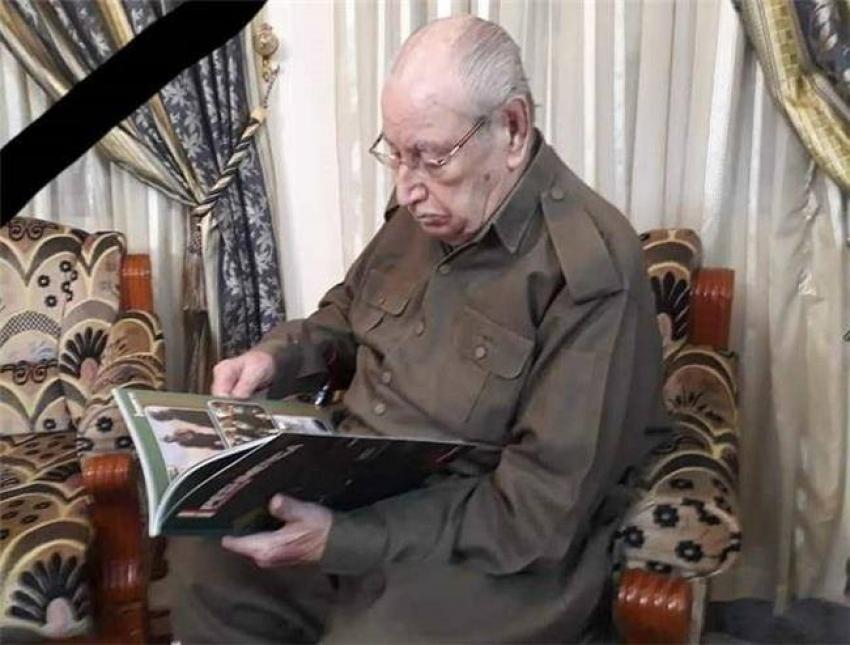 غفور مخموري يعزي عائلة الفقيد المناضل الکبیر (علي سنجاري)
